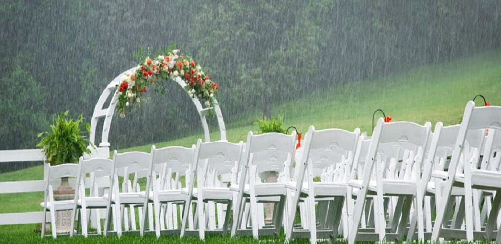 Windy Outdoor Weddings