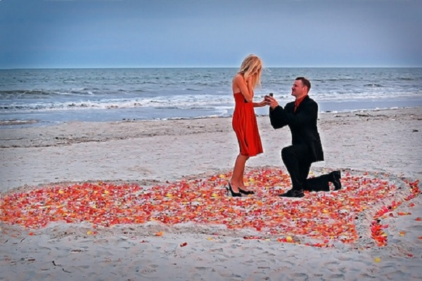Proposal-At-The-Beach